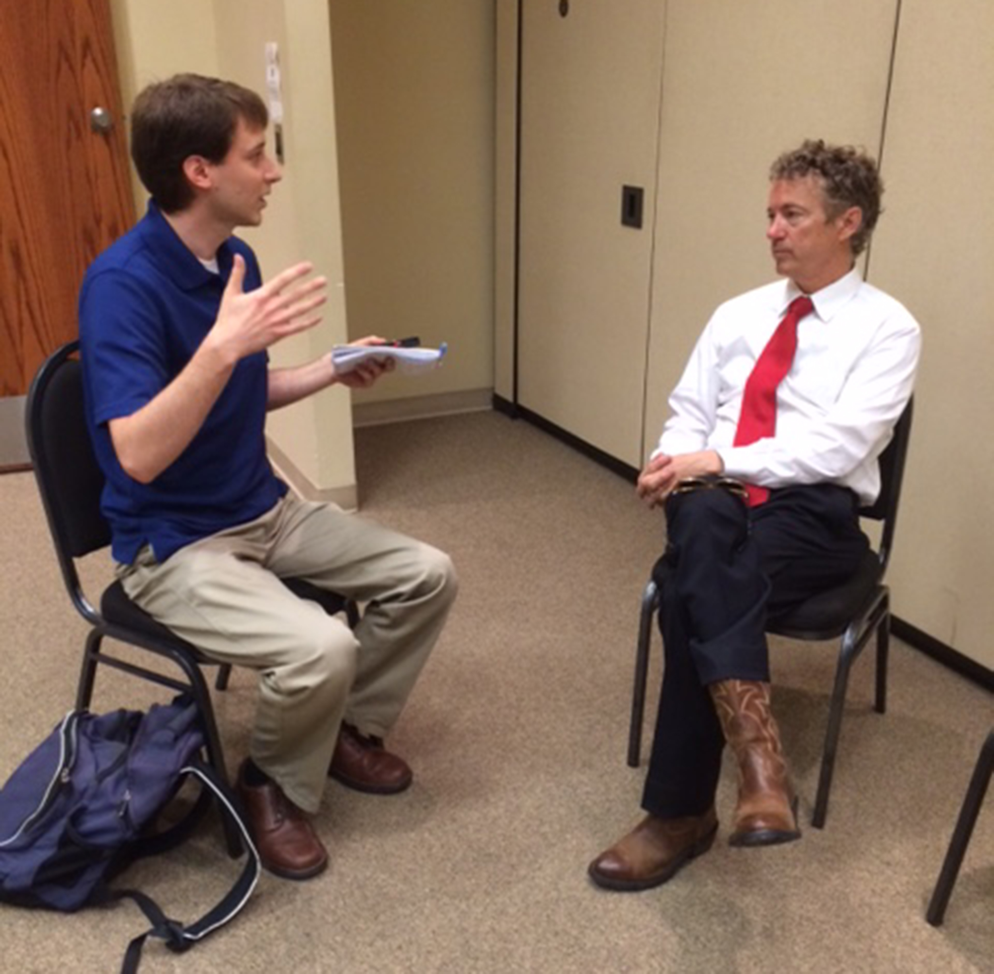 Source http://andyhallman.files.wordpress.com/2015/05/andy-with-rand-paul_net.jpg, included in http://andyhallman.wordpress.com/2015/05/17/rand-paul-interview/
